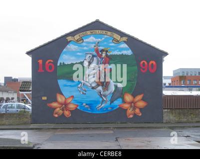 sectarian mural in loyalist shankill in belfast northern ireland - Stock Photo