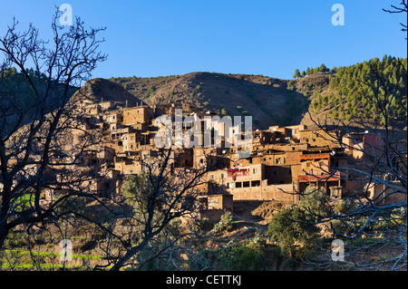 Berber village in the High Atlas Mountains between Oukaïmeden and Marrakech, Morocco, North Africa - Stock Photo