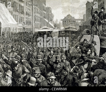 Police officers dispersing the strike of employees of Streetcar in New York, March 4, 1886. Engraving. - Stock Photo
