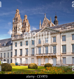 The gardens of the musee de beaux arts or museum of fine arts, Tours, Indre-et-Loire, France, within the UNESCO - Stock Photo