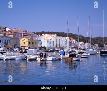 Boats and yachts in the harbour of Mali Losinj, Losinj Island, Kvarner Gulf, Croatia. - Stock Photo