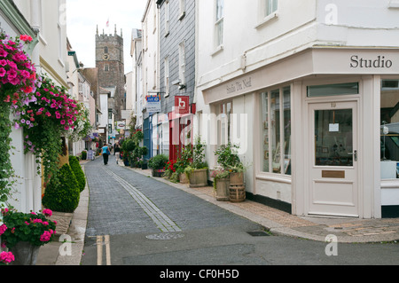 View of Foss Street and galleries in Dartmouth town centre, Devon. - Stock Photo