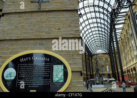 Hay's Galleria on London's south bank is a place to eat, shop and relax. It is a conversion of a famous London wharf - Stock Photo