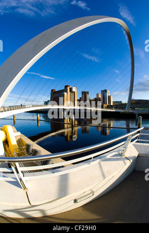 The Gateshead Millennium Bridge and Baltic Gallery on the Newcastle upon Tyne river quayside. - Stock Photo