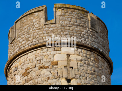 Close up view of one of the towers of the Tower of London, located on the north bank of the River Thames. - Stock Photo