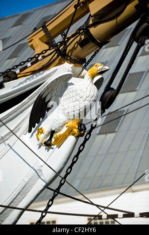 The figurehead of HMS Gannet, a sloop of the Victorian Royal Navy at The Historic Dockyard Chatham. - Stock Photo