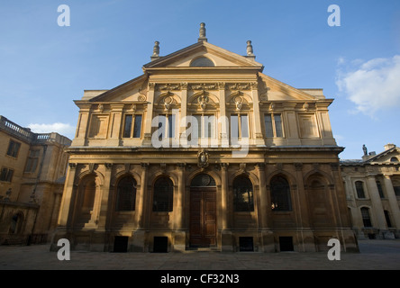 The Sheldonian Theatre in Oxford, built in 1664-1668 to a design by Sir Christopher Wren. The building was created - Stock Photo