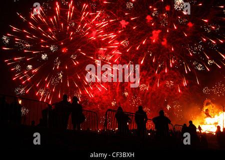 Fireworks at the Calton Hill Bonfire in Edinburgh. - Stock Photo