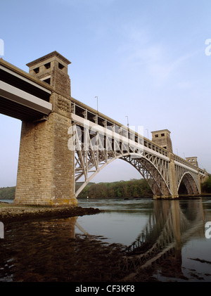 Looking SE at the Britannia Bridge, a railway bridge designed by Robert Stephenson with Sir William Fairburn, built - Stock Photo