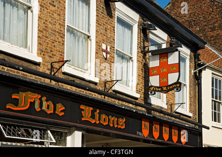 Signage outside the Five Lions hotel in the centre of York. - Stock Photo