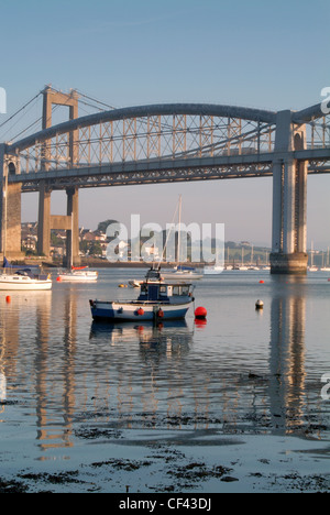 Fishing trawler on the River Tamar at dawn with the Brunel Bridge behind. - Stock Photo