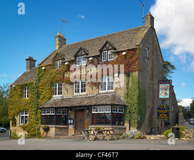 Exterior view of the Bell Inn in Stow on the Wold. - Stock Photo