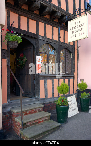Exterior of the Crooked House gallery in Lavenham. - Stock Photo