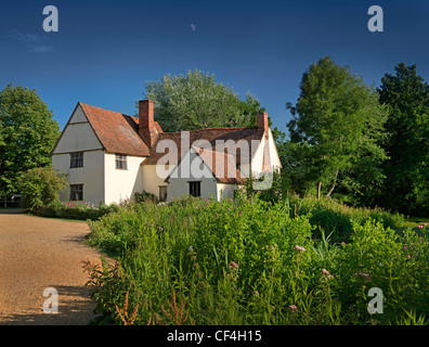 Willy Lott's Cottage, a 16th-century cottage that features in John Constable's painting, The Hay Wain. - Stock Photo