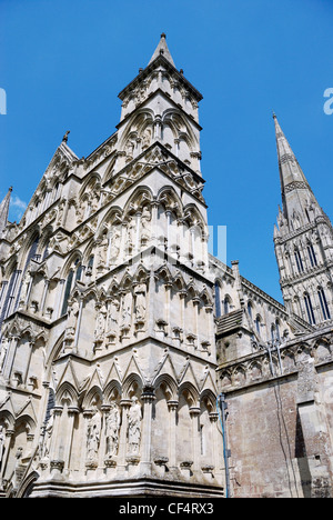 The ornate towers of Salisbury Cathedral, one of the finest medieval cathedrals in Britain. - Stock Photo