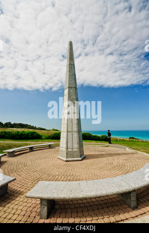 Colleville-Sur-Mer, Normandy, France. The memorial of the US 1st infantry division ('the big red one') overlooking - Stock Photo