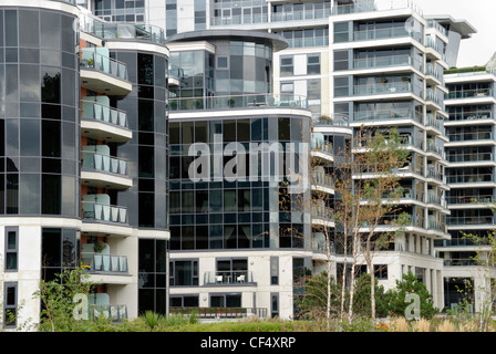 Apartments at Imperial Wharf, a new residential riverside development in Fulham. - Stock Photo