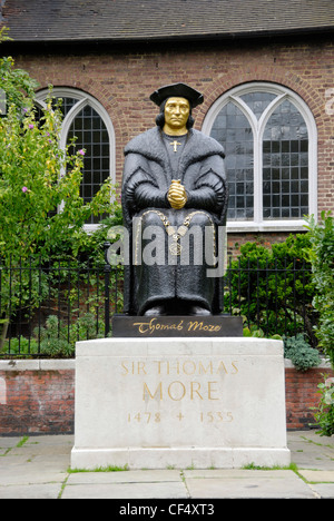 Statue of Sir Thomas More 1478 - 1535, an English lawyer, social philosopher, author, statesman and noted Renaissance - Stock Photo