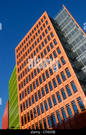 The brightly coloured glazed terracotta exterior of Central Saint Giles, a new office, housing, retail and public - Stock Photo