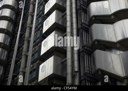 Exterior of architectural detail on the Lloyds Building at One Lime Street. - Stock Photo