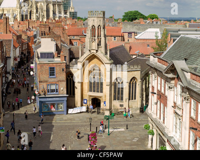 Looking down into St Helen's Square and Stonegate towards York Minster. - Stock Photo