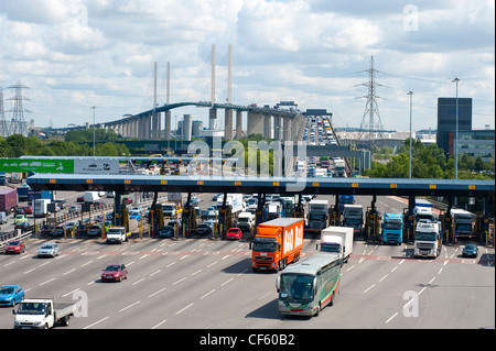 Traffic flowing over the QE2 Bridge (Dartford River Crossing) into Kent from Essex. - Stock Photo