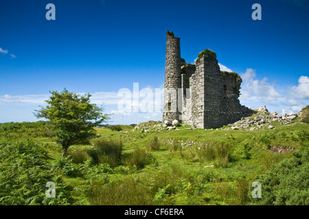 Ruined engine house from Phoenix mine on Caradon Hill near Minions on Bodmin Moor. - Stock Photo