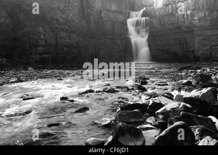 Middleton-in-Teesdale, County Durham, England. High Force, England's biggest waterfall, on the River Tees. - Stock Photo