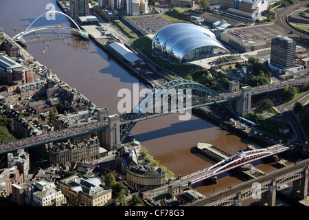 aerial view of Newcastle upon Tyne during the annual Great North Run in 2008 (the Tyne Bridge pre-dates the much - Stock Photo