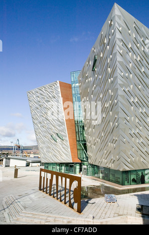 Elevated side view of Titanic Belfast® visitor center, Titanic Building, Titanic name cut from sheet steel,  Aluminum - Stock Photo