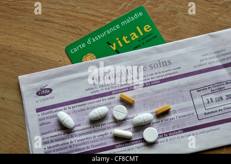 Vitale card sheet treatment protocol of french social security form - Stock Photo