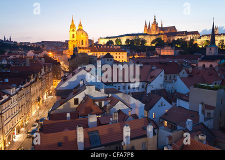 St. Vitus Cathedral and the Castle District at dusk, Prague, Czech Republic - Stock Photo