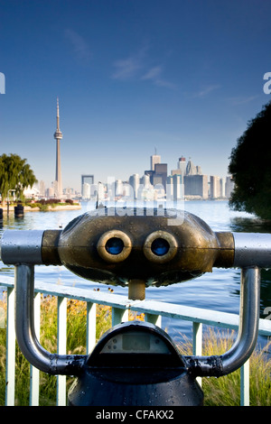 Coin-operated viewing telescopes and view of Toronto and from Centre Island, Toronto Islands Park, Toronto, Ontario, - Stock Photo