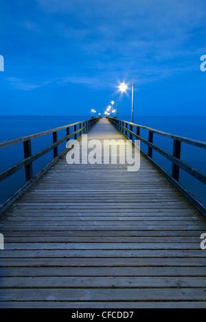 Pier in the evening, Bansin seaside resort, Usedom island, Baltic Sea, Mecklenburg-West Pomerania, Germany - Stock Photo