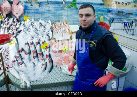 Fish Market vendors at Kadikoy, Asian side of Bosphorus, Istanbul, Turkey - Stock Photo