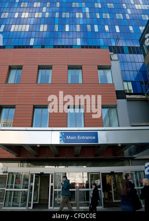 New Royal London Hospital, Whitechapel, London - Stock Photo