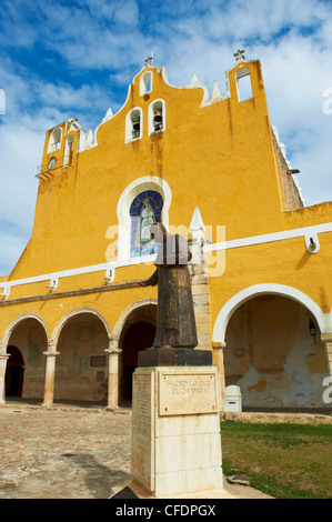 Monastery, Convento De San Antonio De Padua (Convent of San Antonio De Padua), the yellow city of Izamal, Yucatan - Stock Photo