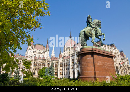 Hungarian Parliament,front entrance, Budapest, Hungary - Stock Photo