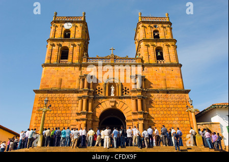 Congregation at Catedral de la Inmaculada Concepcion (Cathedral of the Immaculate Conception), Barichara, Colombia - Stock Photo
