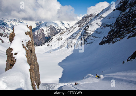A male backcountry tele skier finds fresh powder while on a hut trip at Icefall Lodge, Golden, British Columbia, - Stock Photo