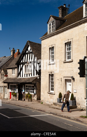 UK, Gloucestershire, Stroud, Painswick New Street, half timbered Post Office - Stock Photo