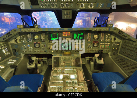Replica of the flight deck of the Space Shuttle at the Johnson Space Center, Houston - Stock Photo