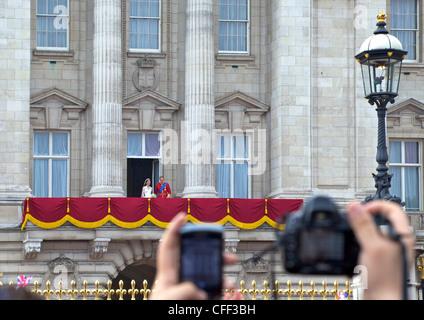 Appearance on the balcony of Buckingham Palace, Marriage of Prince William to Kate Middleton, London, England, United - Stock Photo