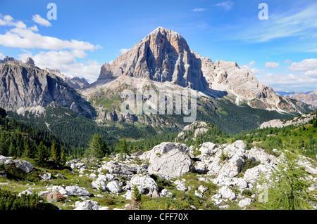 Mountain scenery in the sunligth, Dolomiti ampezzane, Alto Adige, South Tyrol, Italy, Europe - Stock Photo