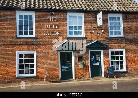 Jolly Sailor pub Orford Suffolk England - Stock Photo