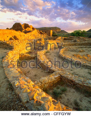 Pueblo del Arroyo, Anasazi culture 'great house', Chaco Culture National Historical Park, New Mexico. - Stock Photo