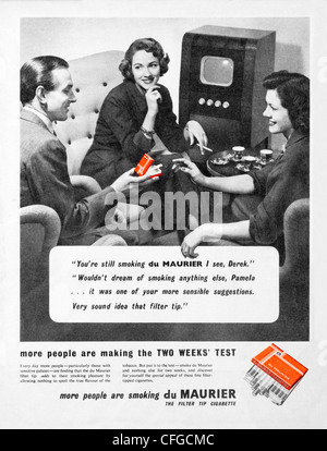 Du Maurier cigarettes advert from 1954 - Stock Photo