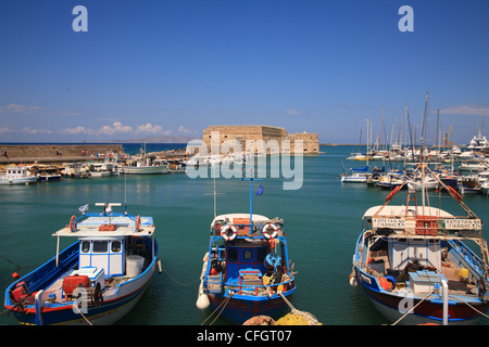 Boats in front of Rocco al Mare, Venetian Fortress, Old Harbour, Iraklion, Crete, Cyclades, Greece - Stock Photo
