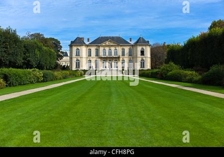 France, Paris, 7th arrondissement, facade Hotel Biron, Rodin museum - Stock Photo