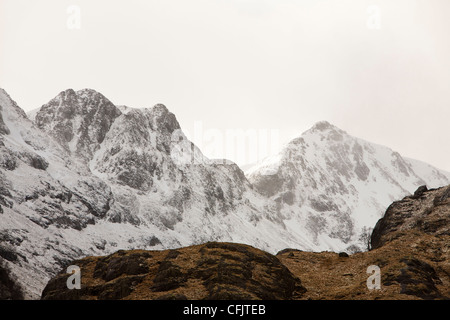 Fresh snow on Bidean nam Bian, the highest peak in Argyl, Glen Coe, Scotland, UK. - Stock Photo